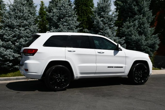 Pre-Owned 2020 Jeep Grand Cherokee Altitude