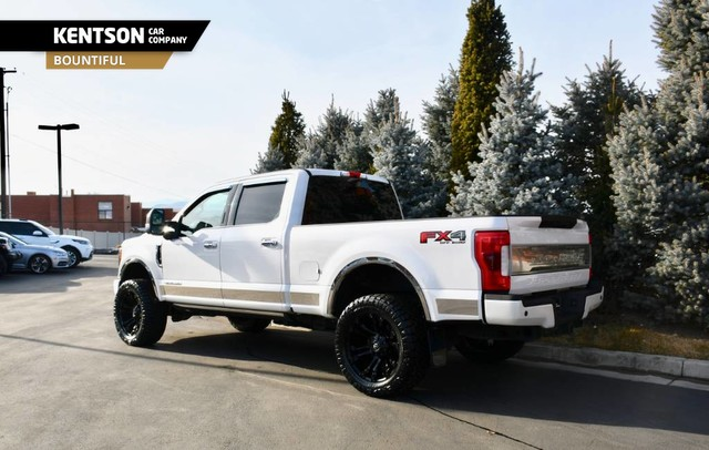 Pre-Owned 2017 Ford Super Duty F-350 SRW Platinum