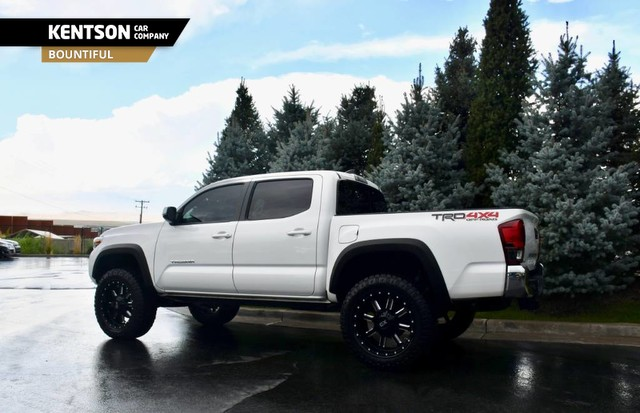 Pre-Owned 2019 Toyota Tacoma 4WD TRD Off Road