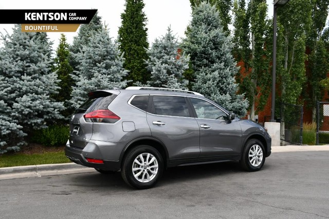 Pre-Owned 2020 Nissan Rogue SV